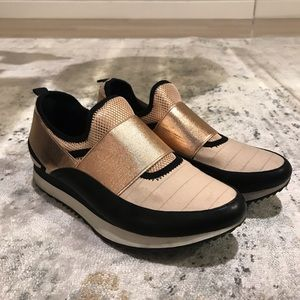 Steve Madden Rose Gold Fashion Sneakers